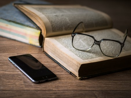 英語初心者必見:英語を独学するためのおすすめ教材5選【通訳目指すも第一歩から】