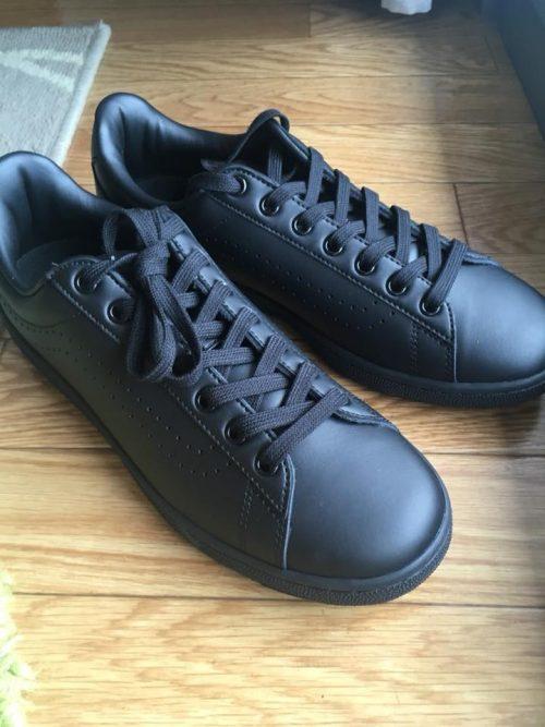 【黒を選べば間違いなし】スニーカー通勤におすすめの靴の選び方【革靴嫌い】