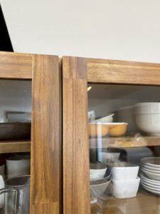 ウニコの食器棚