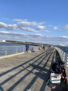 検見川浜突堤で釣り