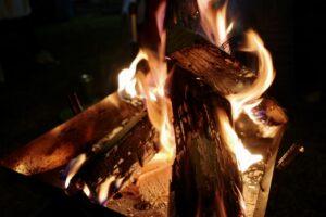 イレブンオートで焚き火